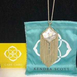 NWT. Kendra Scott Kingston necklace. White stone.